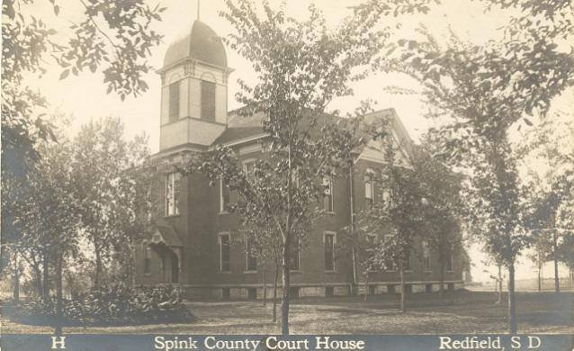 Spink County Courthouse prior to 1926